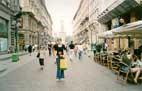 Улицы Милана,сзади замок Сфорца