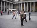 Вот эту площадь путеводитель называет самой красивой в Милане
