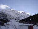 Понравилось как снег сдувается с горы